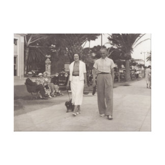 Gehendes altes Foto der Paare in Cannes, Leinwanddruck