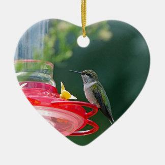 Gehockter Kolibri Keramik Ornament