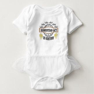 Gehöft fungieren wir baby strampler
