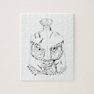 Gehörnte Eulen-spartanisches Sturzhelm-Zeichnen Puzzle
