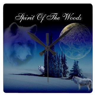 Geist des Holzes Quadratische Wanduhr