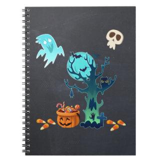 Geist-Schläger-Schädel u. Süßigkeit Halloweens Spiral Notizblock