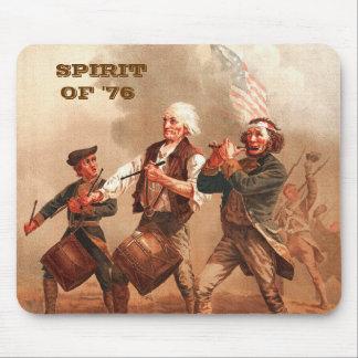 Geist von '76. Patriotisches Kunst-Geschenk Mousepad
