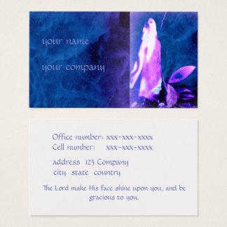Geistige Visitenkarte in den Schatten des Blaus