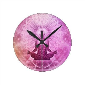 Geistiger Yoga-Meditations-Zen bunt Runde Wanduhr