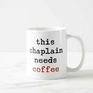 Geistliches benötigt Kaffee Kaffeetasse