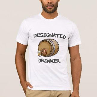 Gekennzeichnetes Trinker-T-Shirt T-Shirt