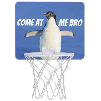 Gekommen an mir Bro lustiger Meme Pinguin Mini Basketball Ring