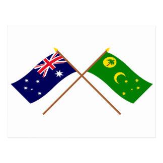 Gekreuzte Flaggen Australiens und der Cocos-Inseln Postkarte