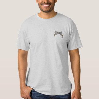 Gekreuzte Pistolen Besticktes T-Shirt