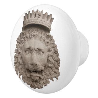 Gekrönter Löwe-Keramik-Griff Keramikknauf
