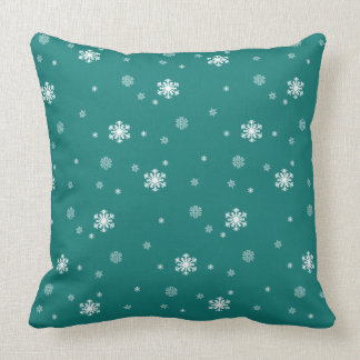 Gelassen ihm schneien, Schneeflocke-Muster auf Kissen