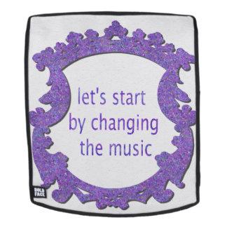 gelassen uns durch das Ändern der Musik beginnen Rucksack