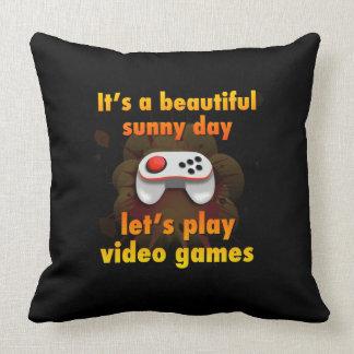 Gelassen uns Videospiele spielen Zierkissen