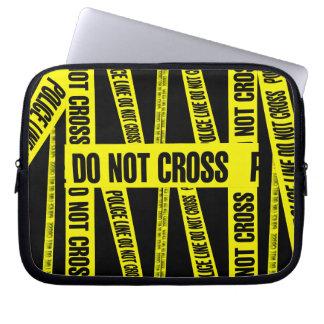 Gelb kreuzen nicht Tatort-Band-Gefahrenzonen Laptopschutzhülle
