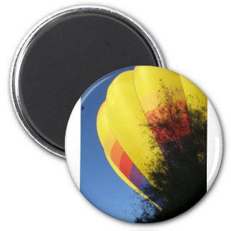 Gelb mit Haube Runder Magnet 5,1 Cm