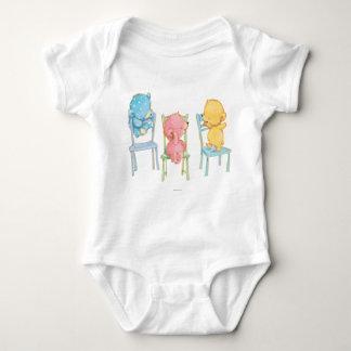 Gelb, rosa und Blau betrifft Stühle Baby Strampler