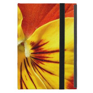 Gelb und rostiger roter Pansy iPad Mini Hülle
