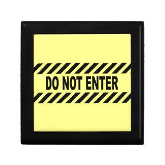 Gelb und schwarz tragen Sie nicht Zeichen ein Geschenkbox