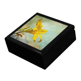 Gelbe asiatische Lilie - dekorativer Kasten Große Quadratische Schatulle
