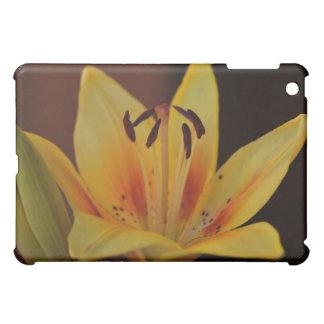 Gelbe asiatische Lilie iPad Mini Hüllen