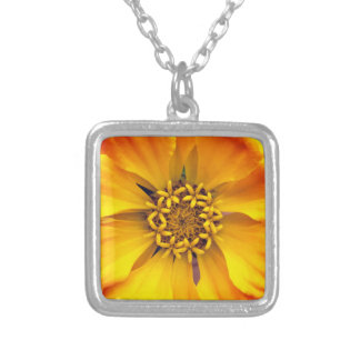 Gelbe Blume Versilberte Kette