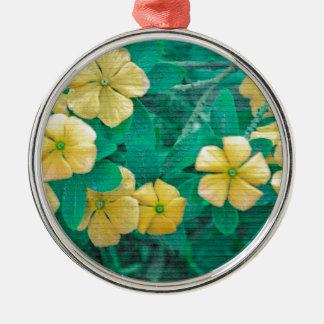 Gelbe Blumen an der Natur Silbernes Ornament