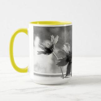 Gelbe Blumen-Tasse Tasse