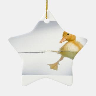 Gelbe Entlein-Schwimmen Keramik Stern-Ornament
