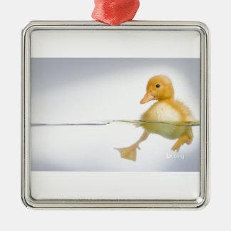 Gelbe Entlein-Schwimmen Quadratisches Silberfarbenes Ornament