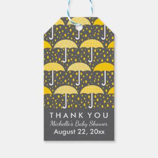 Gelbe graue Babyparty besprühen Regenschirme Geschenkanhänger