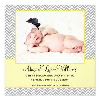 Gelbe graue Zickzack Mädchen-Foto-Geburts-Mitteilu Personalisierte Ankündigungskarte