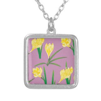 Gelbe Krokus-Blumen Versilberte Kette