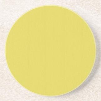 Gelbe leere Schablone der Ebene DIY addieren Getränkeuntersetzer