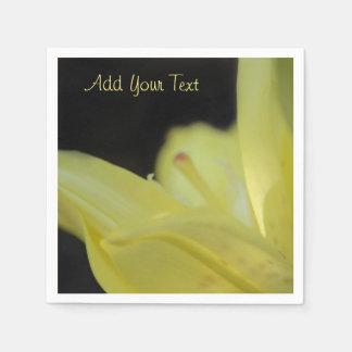 Gelbe Lilie durch Shirley Taylor Papierserviette
