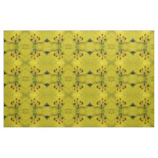 Gelbe Lilien-gemustertes mit Blumengewebe Stoff
