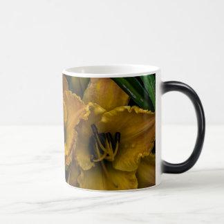 Gelbe Lilien-Tasse/Schale Verwandlungstasse