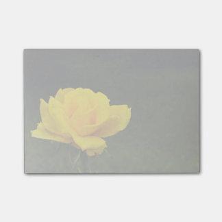 Gelbe Rose Post-it Klebezettel