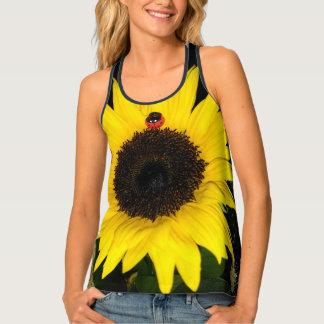 Gelbe Sonnenblume und zwei Marienkäfer Tanktop