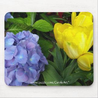 Gelbe Tulpenblaue Hydrangeas II Mousepad