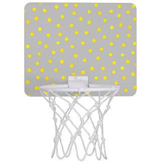 Gelbe und graue Confetti-Punkte Mini Basketball Ring