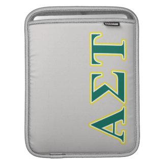 Gelbe und grüne Buchstaben AlphasigmaTau iPad Sleeve