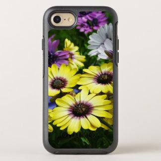 Gelbe und lila afrikanische Gänseblümchen OtterBox Symmetry iPhone 8/7 Hülle