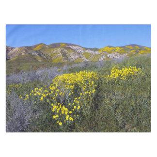 Gelbe Wildblume-Feld-Landschaft Tischdecke
