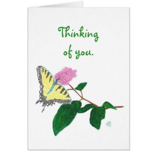 Gelber Frack-Schmetterling, der an Sie Karten