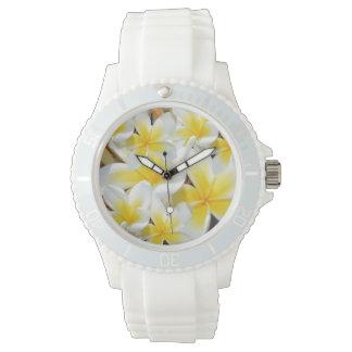 Gelber Frangipani-Blumenstrauß, Uhr