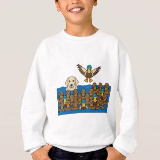 Gelber Labrador in den Enten Sweatshirt