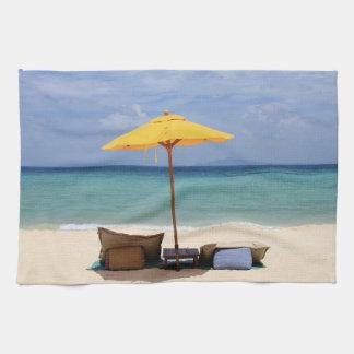 Gelber Regenschirm Handtuch