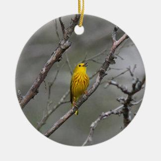Gelber Trällerer im Früjahr Keramik Ornament