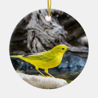 Gelber Trällerer-Vogel-Geschenke und Zusätze Keramik Ornament